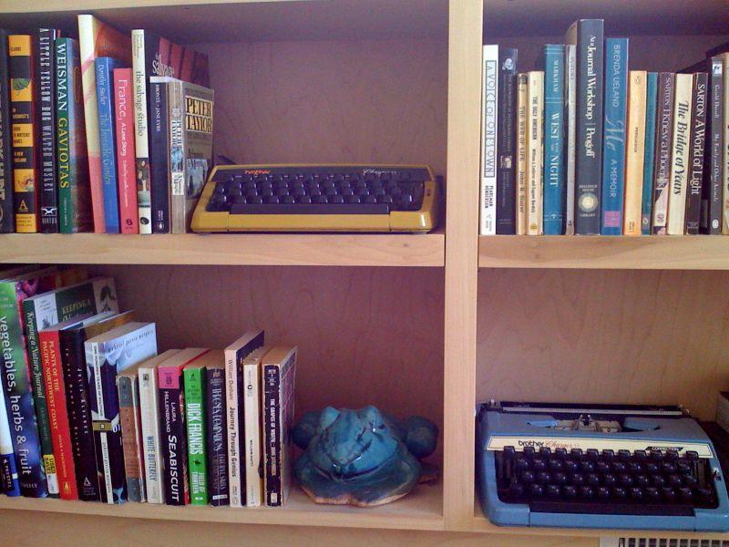 Books:typewriter