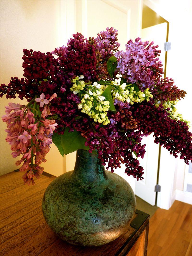 Lilac vase1