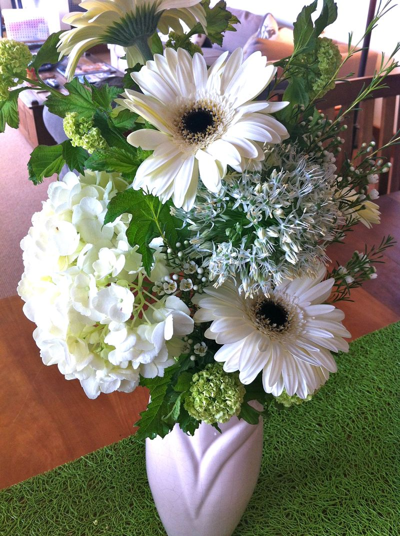 White bouquet1