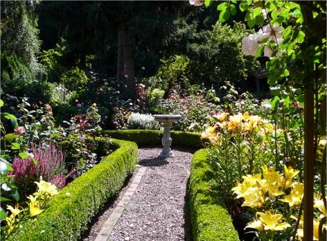 Aspinall garden